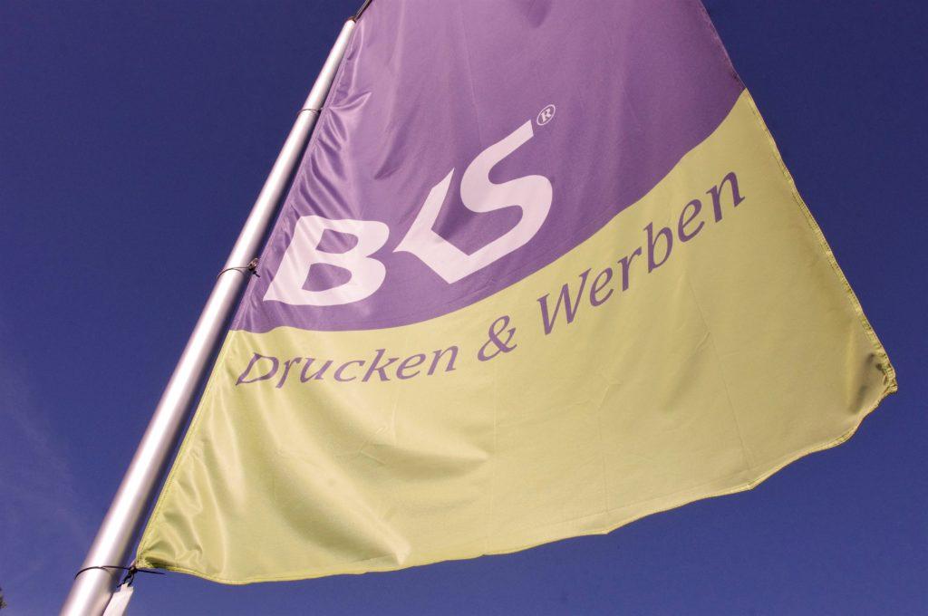 Textilbanner und Fahnen! Wir drucken - sie werben! BKS-Wiesbaden