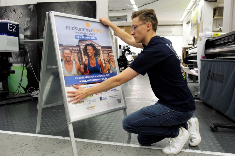 Kundenstopper Grafik auf BKS-Wiesbaden